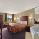 Days Inn Branson Discount Special Offer on Rates